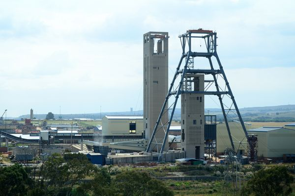 south-deep-mine34933CF5-B70C-A1D9-343B-F11E0BCF47F9.jpg